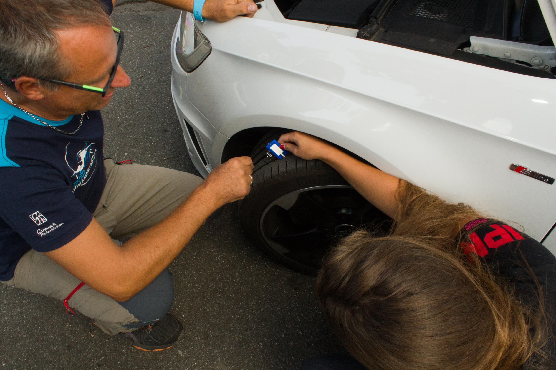 Bild Reifenprofil messen
